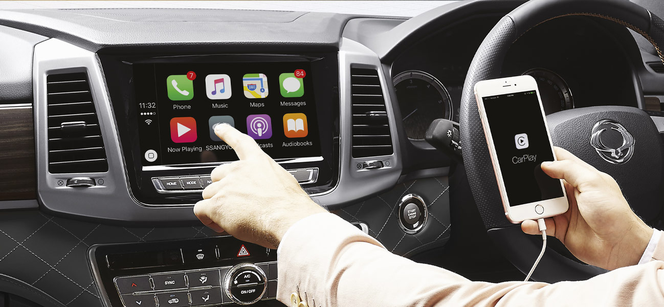 APPLE CARPLAY AND GOOGLE ANDROID AUTO
